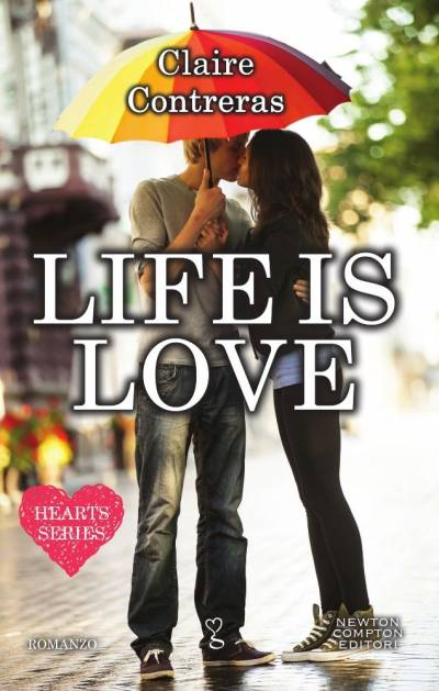 Claire Contreras Life is love - copertina